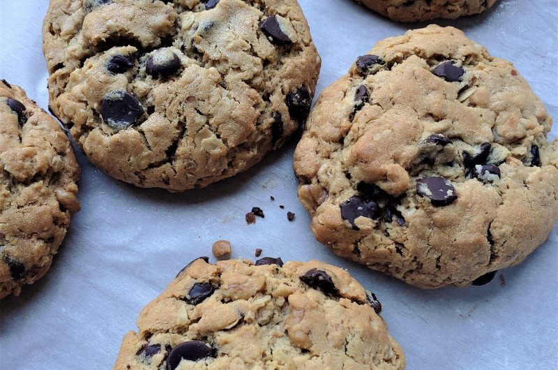 Peanut Butter, Chocolate Chip, and Oatmeal Cookie Recipe | 3 Cookies in 1