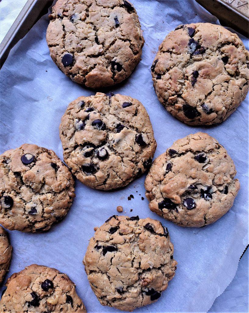 Peanut butter chocolate chip oatmeal cookie recipe